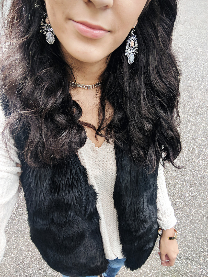 faux fur vest, statement earrings, cute fall outfits