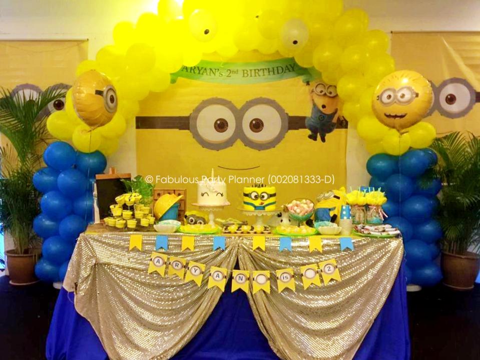 Fabulous Party Planner 002081333 D