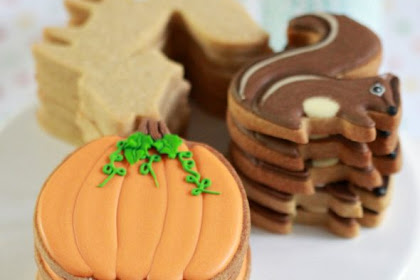Pumpkin Spice Cut-Out Cookies