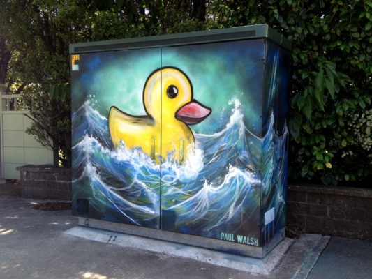 06-Hms-Duckie-Paul-Walsh-Decorating-Utility-Boxes-with-Art-in-New-Zealand-www-designstack-co