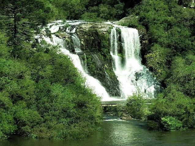 Parque da Cachoeira, visto da Ponte do Passo do Inferno, São Francisco de Paula