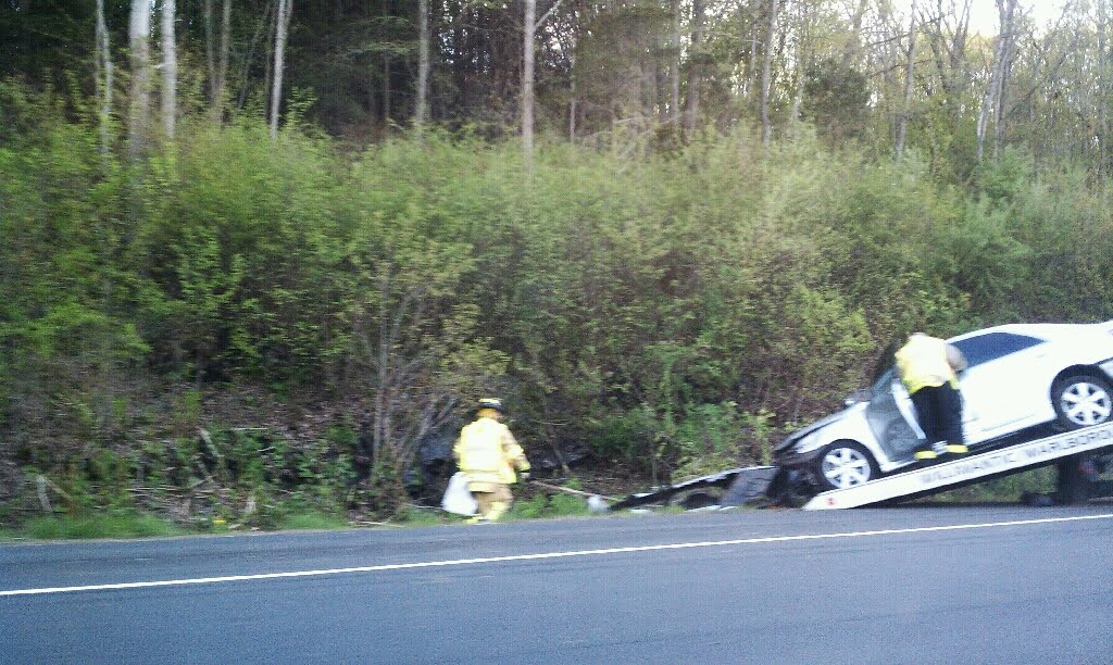 RHAM News Blog: BREAKING NEWS: Accident on CT Route 2