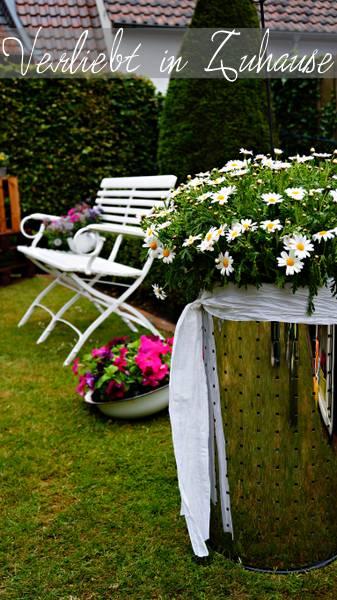 Außergewöhnliche Gartendeko und kreative Upcycling Idee: Die Wäschetonne im Garten als Hochbeet oder Komposter?