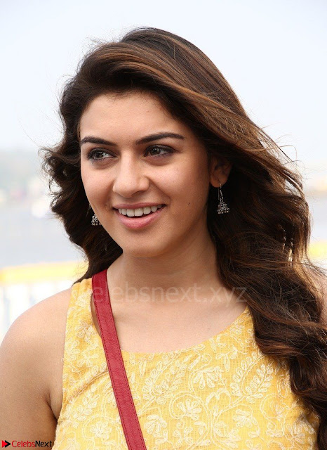 Hansika Motwani Looks super cute in movie Mande Suryudu 002.jpg