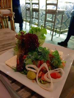Istanbul, insalata alla greca al ristorante 5.Kat