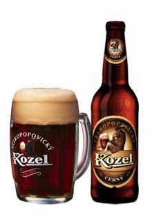 Kozel Dark, una cerveza checa tipo lager oscura.