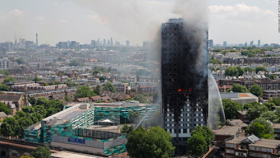 600 high-rise buildings in England might be in danger of fire - British Governmentsays