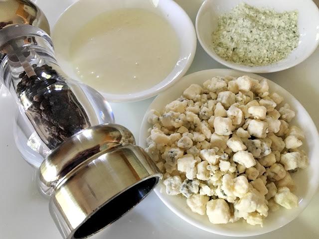 Gorgonzola Ranch Dressing Recipe