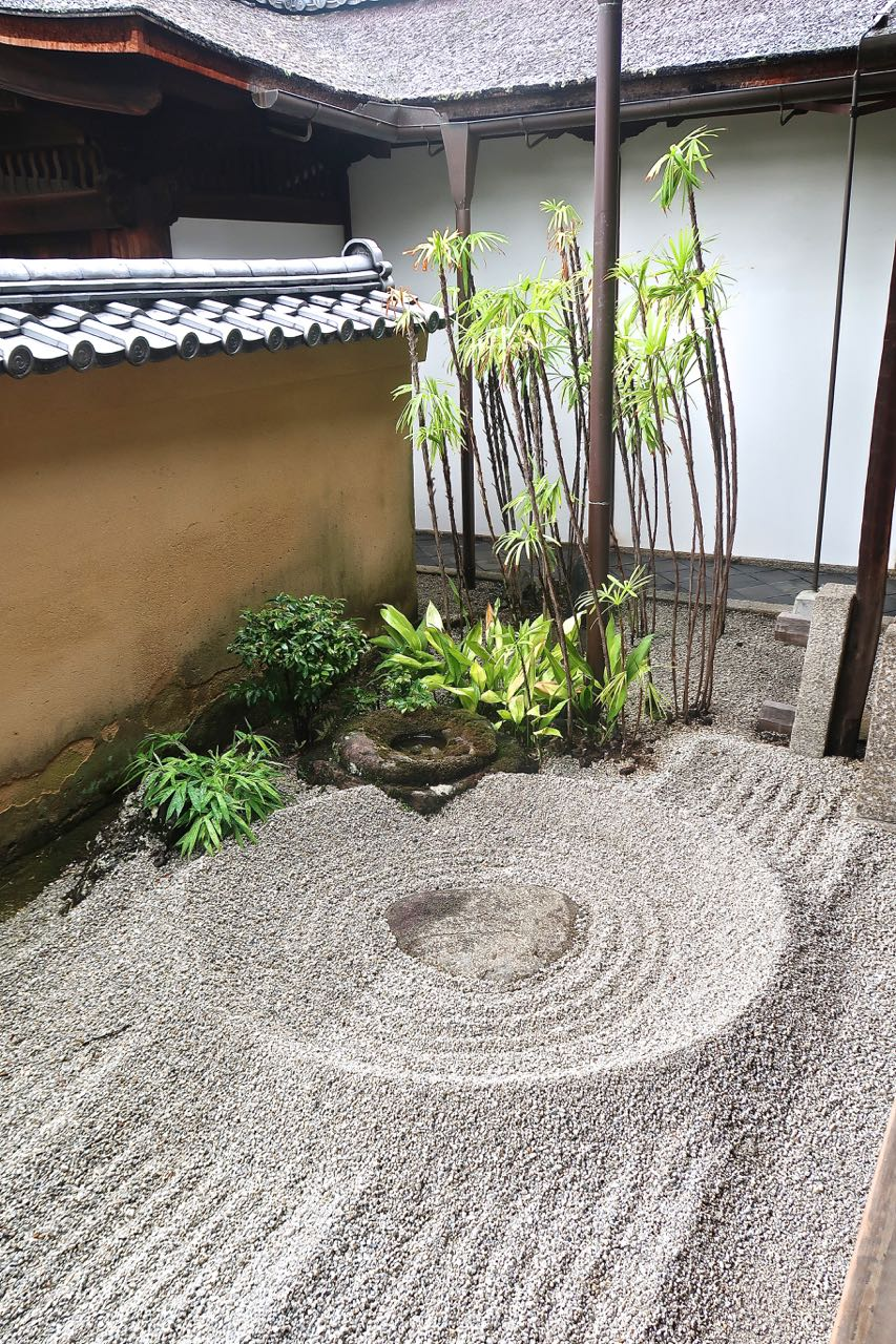 47 Backyard Zen Garden Ideas (Photos)