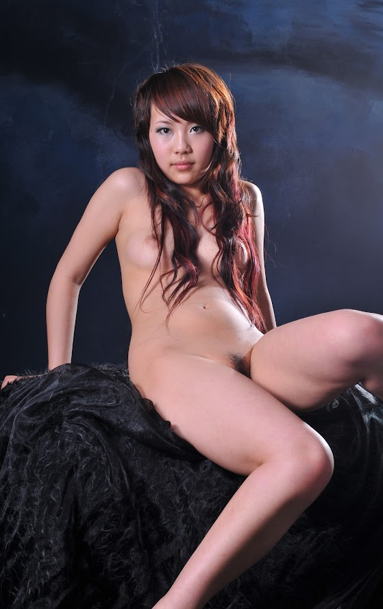Chinese Nude_Art_Photos_-_085_-_LeLe re