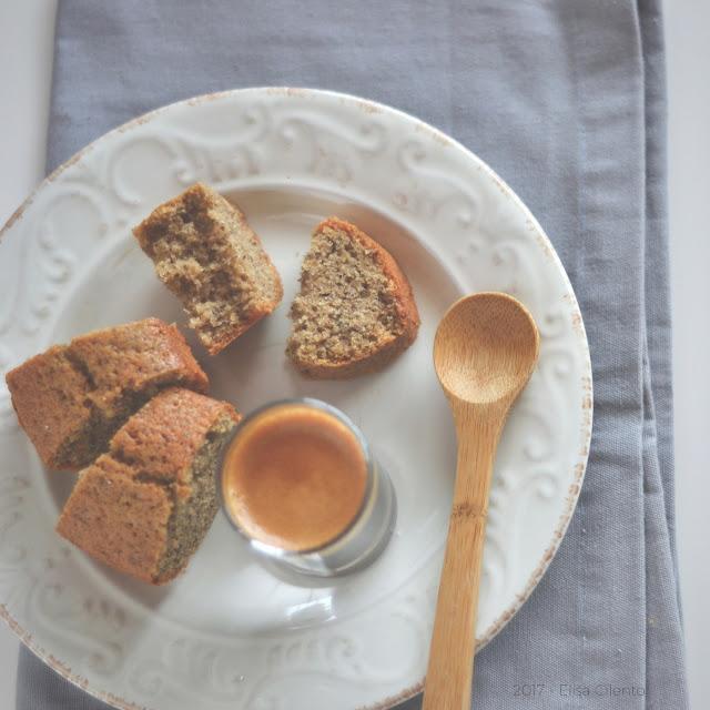 Ciambella al caffè, con farina di grano saraceno