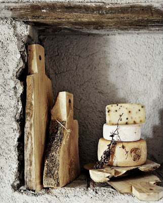 Artisan Andrea Brugi  rustic bread and cheese boards photography by Ditte Isager styling by Christine Rudolph as seen on linenandlavender.net http://www.linenandlavender.net/2013/07/artisan-feature-andrea-brugi-it.html