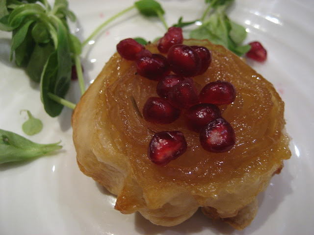 Caramelised onion, pomegranate