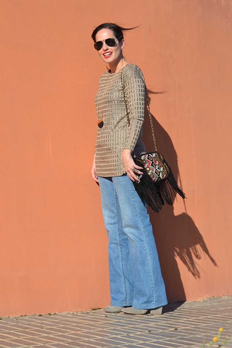 boho-outfit-zara-gold-jersey-flared-jeans-outfit-street-style