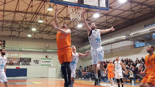 Δεν τα κατάφερε ο Οίακας Ναυπλίου με τον ΚΑΟ Κορίνθου - Έχασε με 71-65