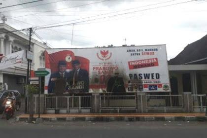 Baliho Prabowo-Sandi di Klaten Dibakar Orang Tak dikenal, Pelaku Kabur