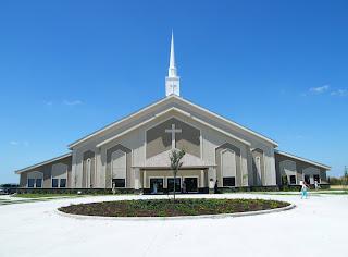 Clădire de biserică, sau clădire bisericească, poză de pe google images