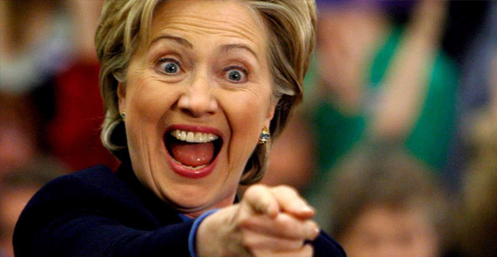Hillary Clinton rindo