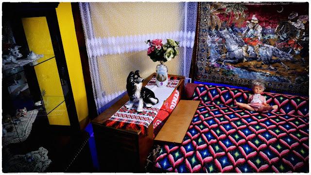 5 poze de la Romanian Kitsch Museum