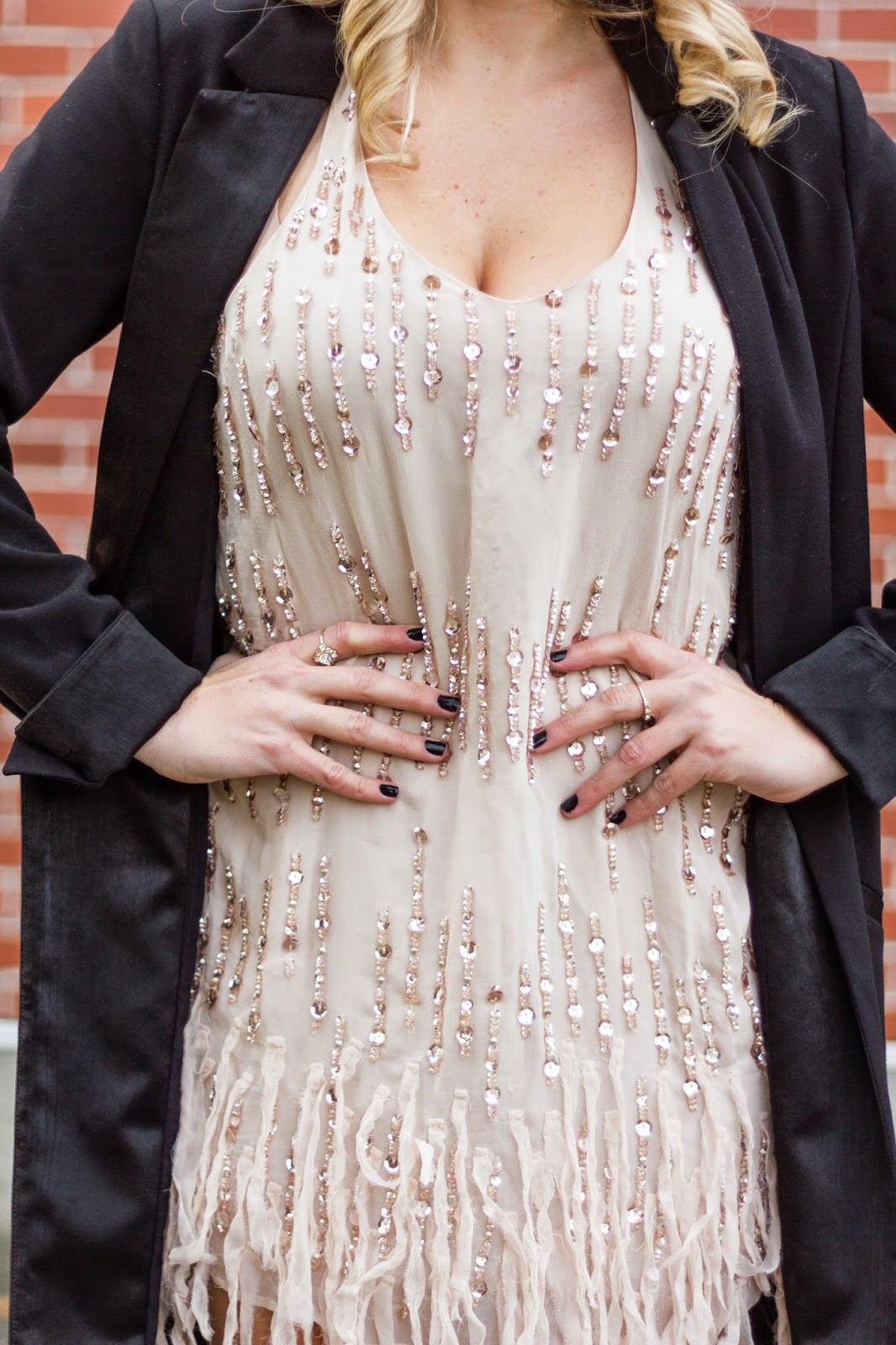 outfit-ideas-rose-gold-fringe-dress