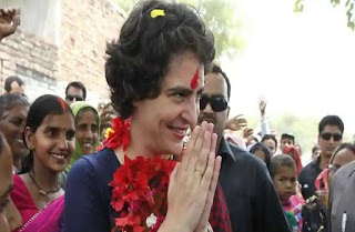 priyanka-gandhi-roadshow-varanasi