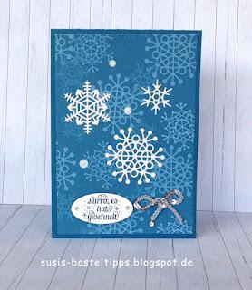 """Stampin' Up! Karte mit dem Kartenset Erinnerungen und mehr """"Farbenspiel"""", Thinlits """"aus jeder Jahreszeit"""" und stempelset """"jahr voller Farben"""" eiskristalle"""