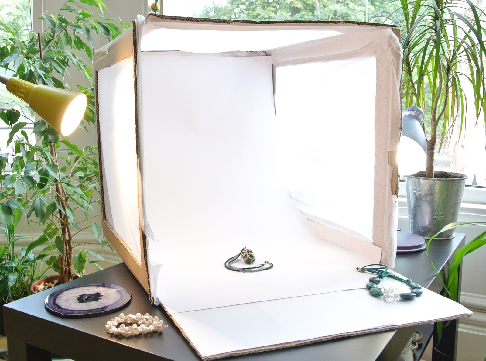 peace of gem: make your own light box