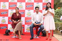 Kajol Looks super cute at the Launch of a New product McVites on 1st April 2017 14.JPG