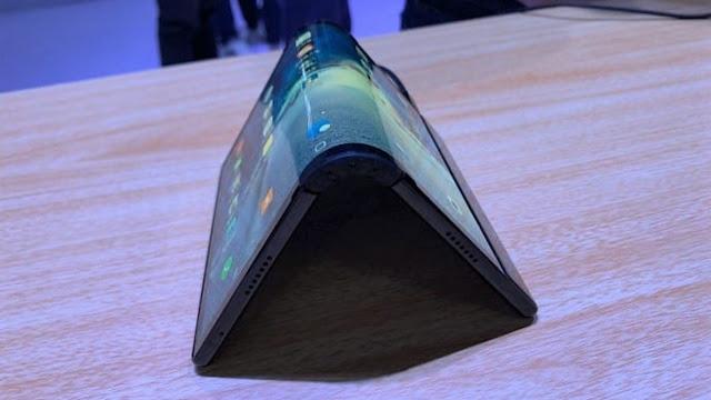 Royole FlexPai, Smartphone Dengan Layar Lipat Pertama di Dunia