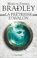 https://lesreinesdelanuit.blogspot.be/2017/10/la-pretresse-davalon-de-marion-zimmer.html