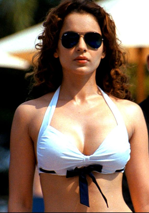 Kangana ranaut sexy boobs