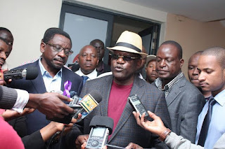 Machakos senator Johnstone Muthama, James Orengo and Jakoyo Midiwo on a press briefing regarding senator Muthama hate speech. PHOTO | Courtesy