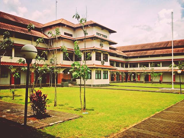 Sekolah Favorit Anak Islamic Boarding School Terbaik