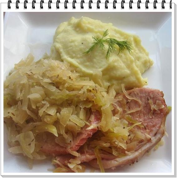 rippchen mit sauerkraut und kartoffelp ree kitchen magic k chenzaubereien. Black Bedroom Furniture Sets. Home Design Ideas