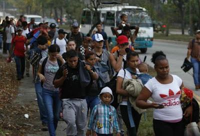 Nueva caravana de migrantes hondureños parte a Guatemala