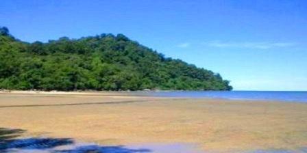 Pantai Pulau Datok pantai pulau datok kayong utara pantai pulau datok ketapang sejarah pantai pulau datok asal usul pantai pulau datok