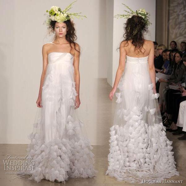 Wedding dresses in Douglas