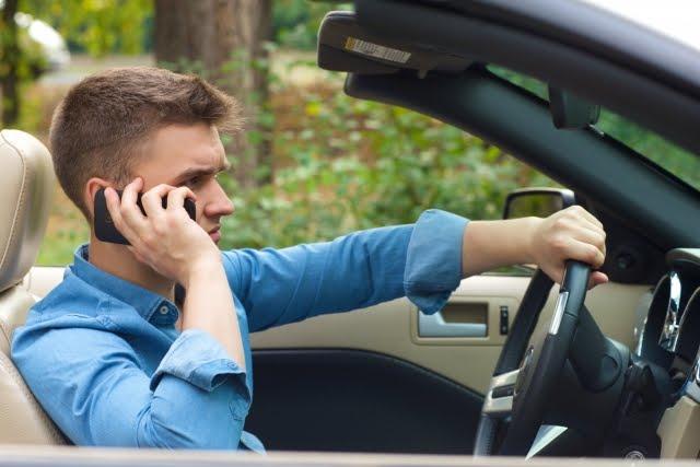 危険な運転?交通ルールの常識も、人によって違うという話。