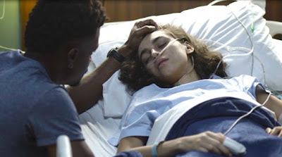 Ramon e Gabriela em cena da novela Bom Sucesso (Foto: Reprodução)