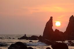 Kisah Tiga Orang Yang Tersesat di Goa