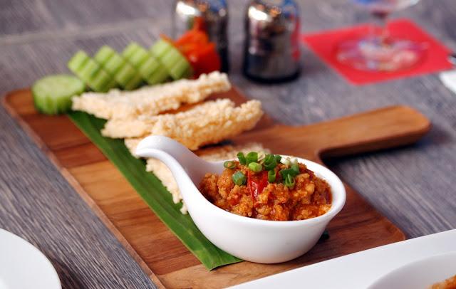 D.Bistro restaurant Chiang Mai nam prik ong