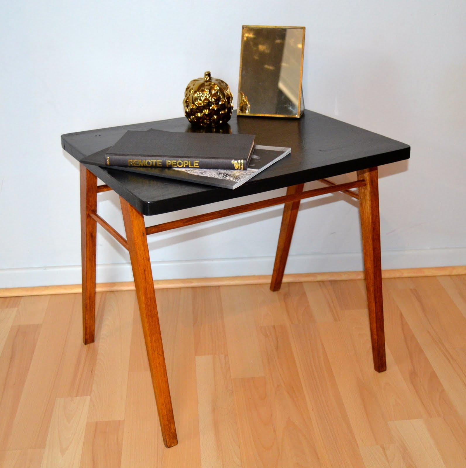 vintage lifestyle concept store table d 39 appoint scandinave vintage. Black Bedroom Furniture Sets. Home Design Ideas