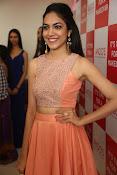 Ritu Varma new glam pics-thumbnail-12