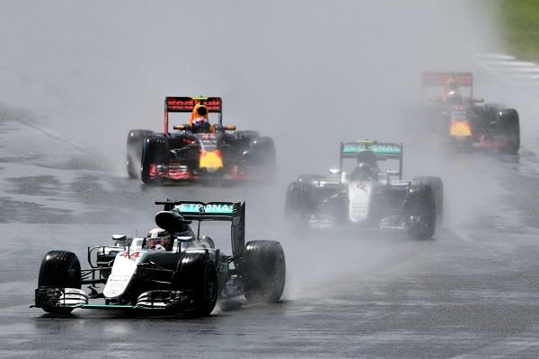 Lewis Hamilton ganó en Silverstone