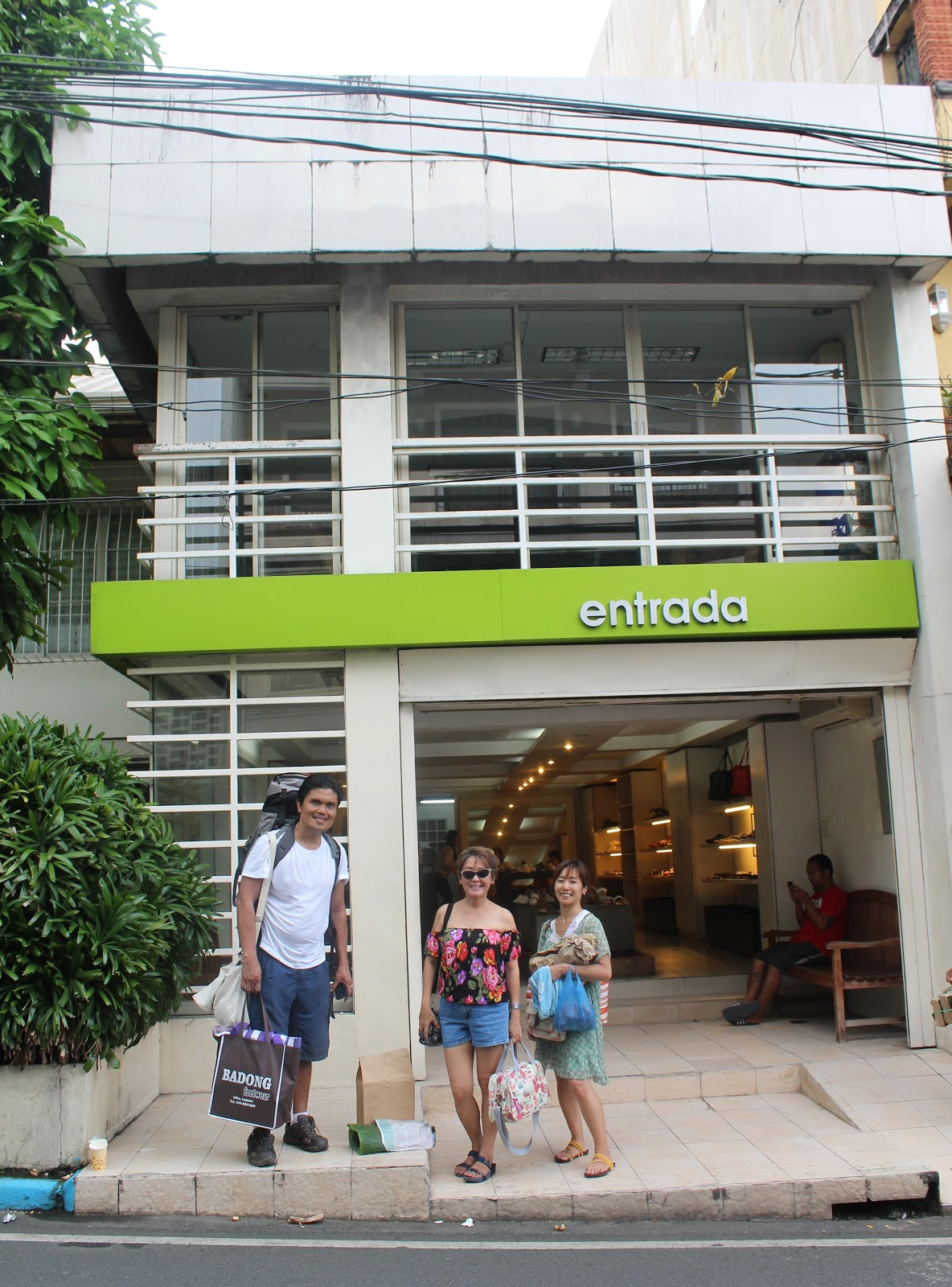 75f8ed2eae5 LEXICAL CROWN: DINE AND SHOP TILL YOU DROP IN LILIW (LAGUNA)