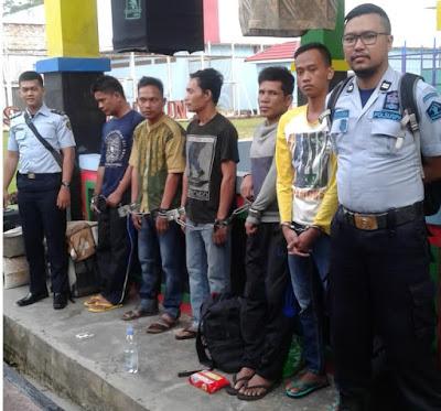 5 orang Narapidana Narkoba dipindahkan