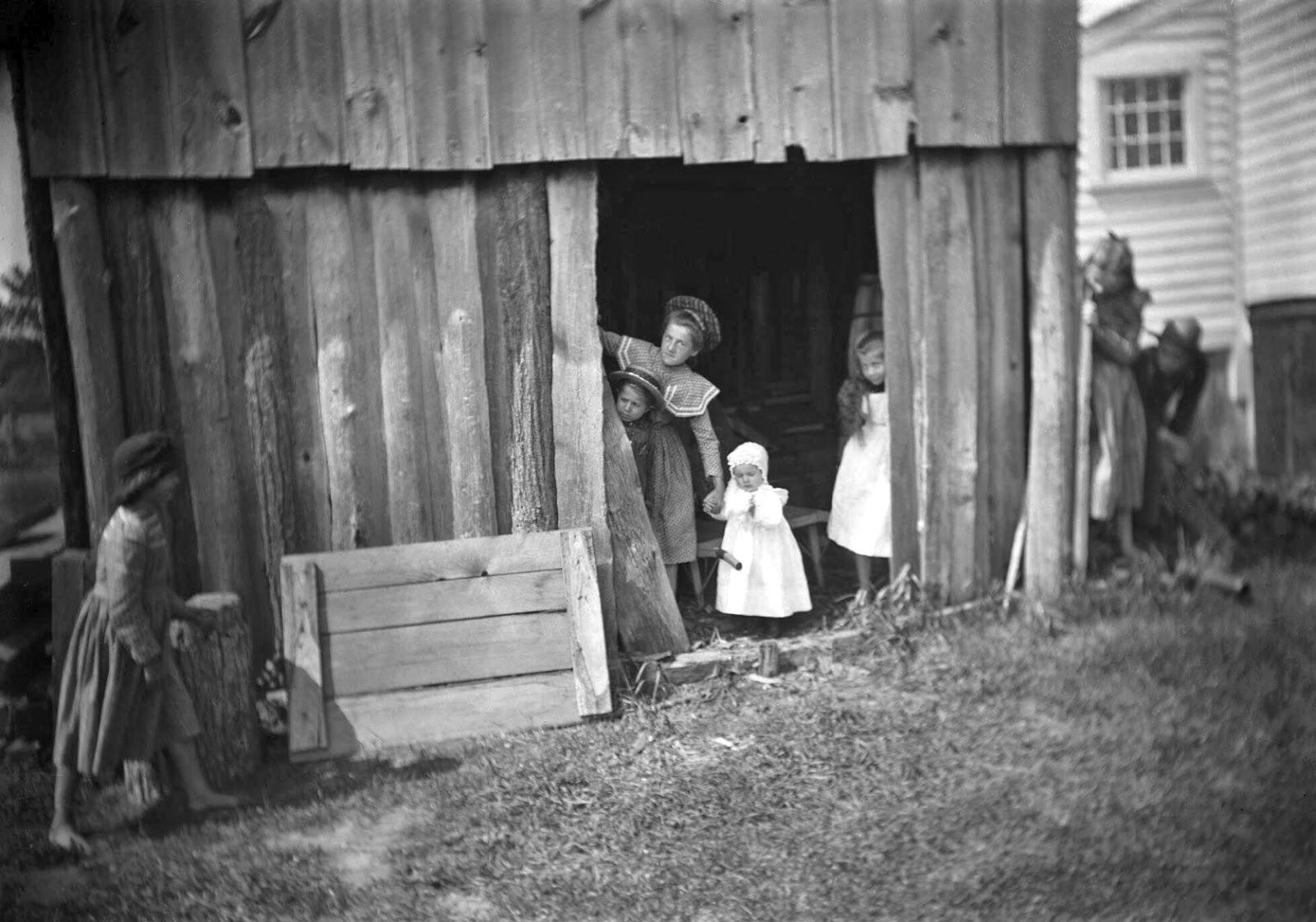 Hide Seek Kids: History In Photos: Burt V. Brooks