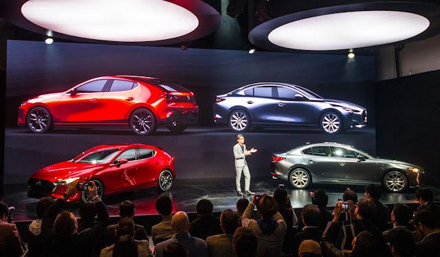 マツダ 新型アクセラ(Mazda3)