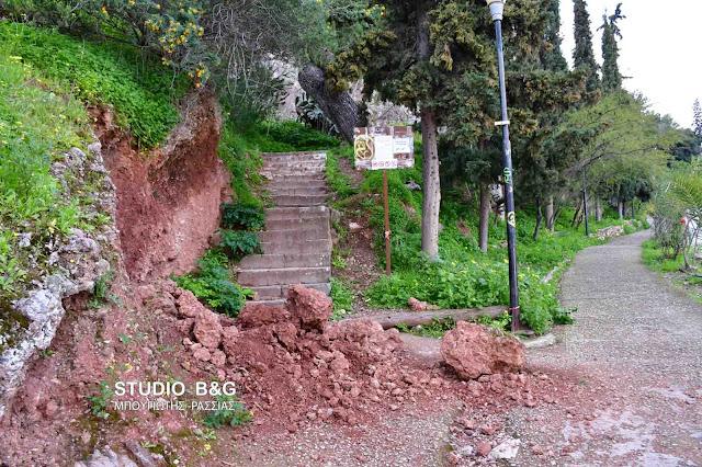 Κατολίσθηση στα 999 σκαλιά του Παλαμηδίου στο Ναύπλιο (βίντεο)