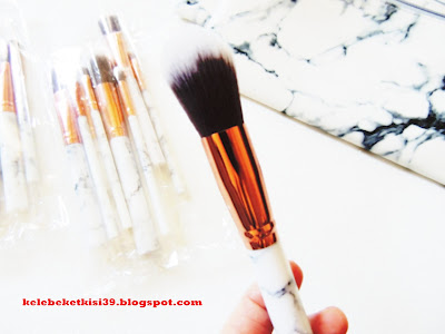 mermer desenli fırça